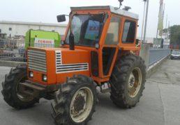 trattore-fiat-580-ruote-169-r-30-anteriori-112-r-24-cabinato-2prese-olio-4-ruote-motrice-motore-tre-cilindri-3
