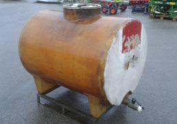 Cisterna da trasporto per uva in vetroresina Lt 800^ con chiusino sopra e rubinetto scarico totale-3