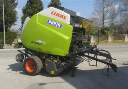 Rotopressa CLAAS VARIANT 380 RC a coltelli